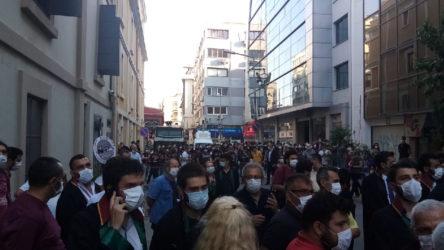 İzmir Barosu'na polis ablukası!