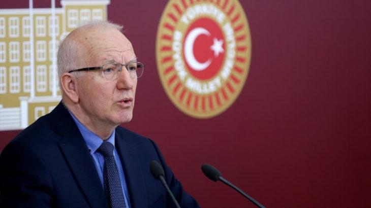CHP'li vekil 'Sultanahmet de müze olmalı' dedi, AKP 'din düşmanı' ilan etti