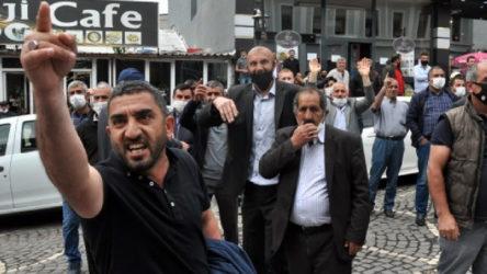 Kars'ta dolmuşçular belediyenin toplu taşıma ihalesini bastı