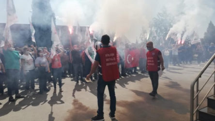 İşçiler ayakta: Dokunma kıdeme, gideriz greve!