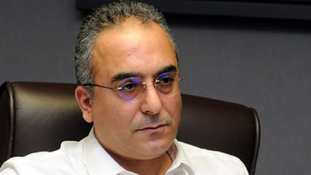 AKP'li Markar Esayan: Ayasofya'nın ibadete açılmasına kimse engel olamaz