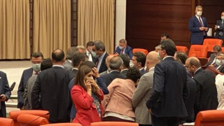 Meclis'te Özgür Özel'e yumruklu saldırı