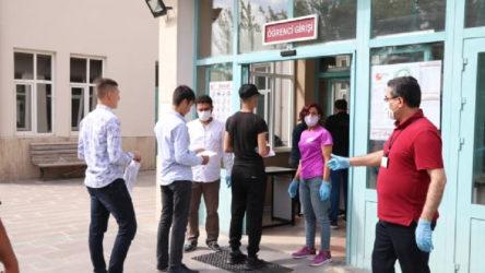 MSÜ sınavında fenalaşan öğrencinin Covid-19 testi pozitif çıktı, salondaki tüm öğrenciler karantinaya alındı