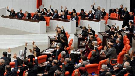 Sansür yasası Meclis'ten geçti