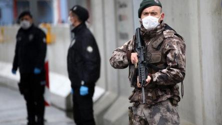 İstanbul'da Covid-19'lu polis sayısı 700'ü aştı