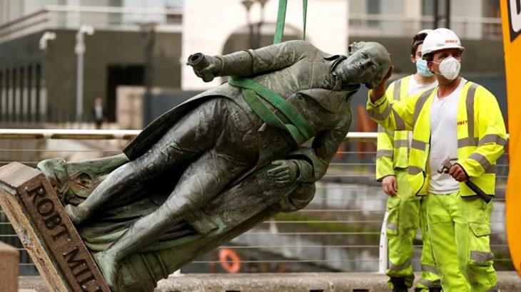 Köle taciri Robert Milligan'ın heykeli söküldü