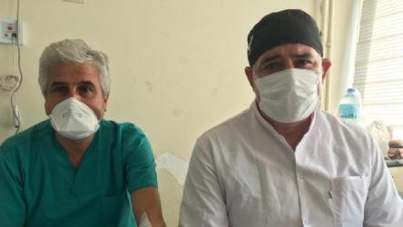 Hasta yakınları maske uyarısı yapan hekimleri darp etti