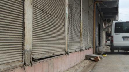 Şırnak Cizre'de esnaftan gönüllü kepenk kapatma kararı