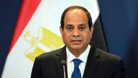 Sisi'den orduya: Mısır sınırları içinde veya dışında her türlü göreve hazır olun