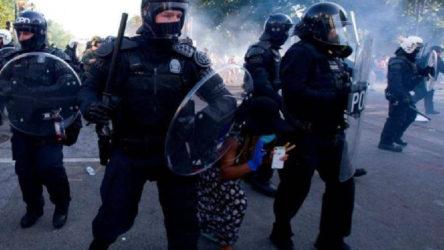 George Floyd'un öldürüldüğü kentte polis departmanı kapatılıyor