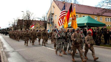 ABD Almanya'dan 9 bin 500 asker çekecek