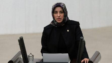 AKP'li Özlem Zengin 'sosyal medya düzenlemesi'ni açıkladı: İçeriğin kaldırılmasını sağlayacağız