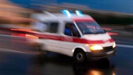 Aksaray-Nevşehir karayolunda otomobil kamyona çarptı: 3 yaralı