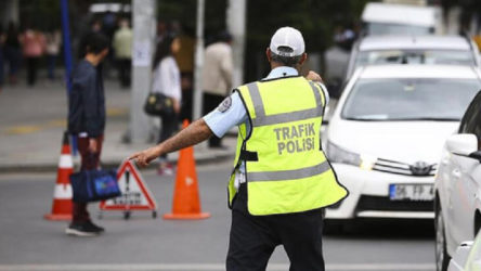 Ayasofya'da kılınacak namaz nedeniyle bazı yollar trafiğe kapatıldı