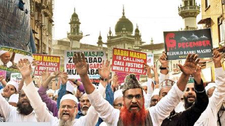 Hindistan'da Babür Camii'nin yerine Hindu tapınağı yapılacak
