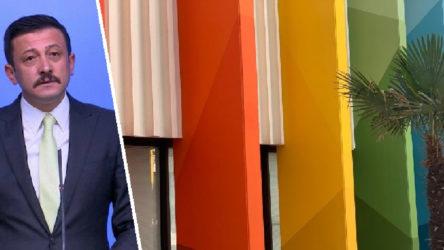 Bu kez kolonlara taktı: 'O renkleri oradan kaldırın'