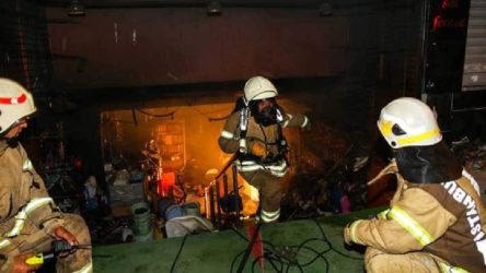 İstanbul'da çok sayıda iş yerinde yangın: Kundaklama şüphesi