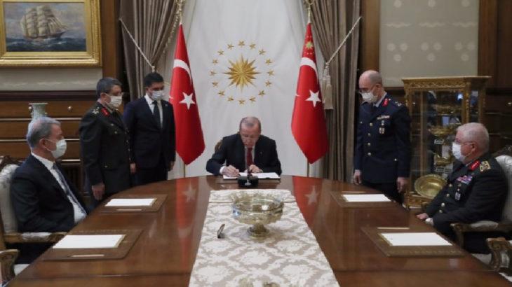 YAŞ kararları: 30 general emekli edildi