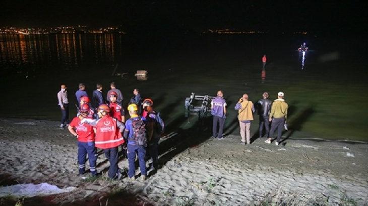 Van'da keşif uçağı düştü: 2'si pilot 7 emniyet mensubu hayatını kaybetti