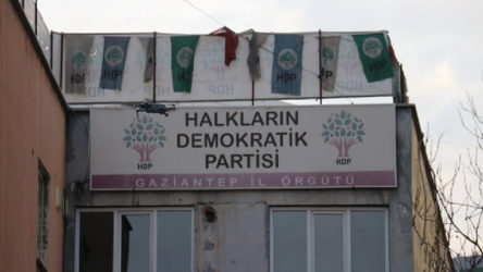 Gaziantep'te HDP İl Başkanı ve muhtarlar dahil 33 kişiye gözaltı kararı