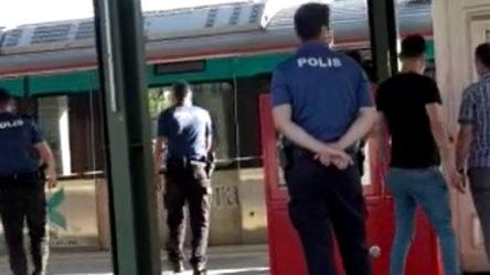 İçmeler Marmaray Durağı'nda bir kişi raylara atladı