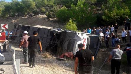 Mersin'de otobüs devrildi: Çok sayıda asker hayatını kaybetti