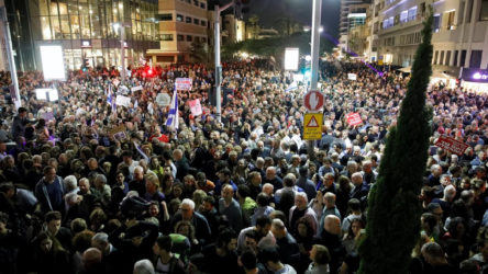 İsrail'de Netanyahu'ya büyük ekonomi protestosu