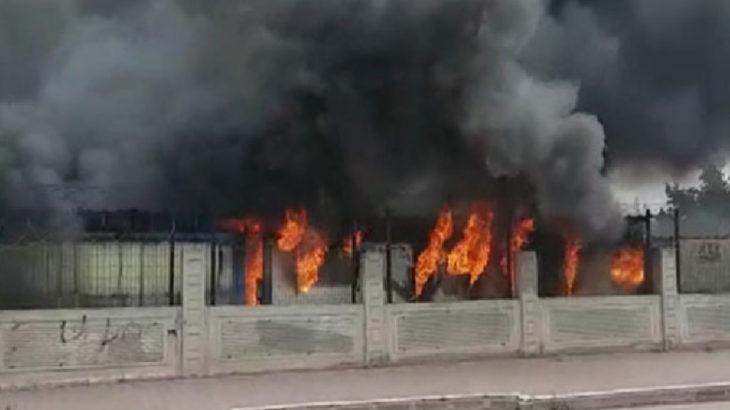 İstanbul'da işçilerin kaldığı konteynerlerde yangın