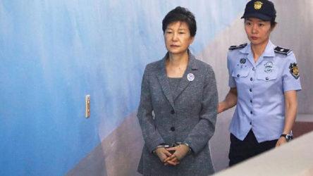 Güney Kore eski Cumhurbaşkanına yolsuzluktan 20 yıl hapis