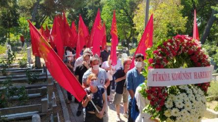Kemal Türkler için mezarı başında anma