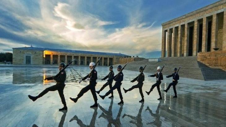 MSB'den Anıtkabir fotoğrafına açıklama: 'Tartışmalar iyi niyetli değil'