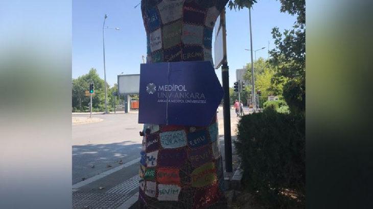 10 Ekim katliamının anısına ağaca yapılan el örgülerine Medipol tabelası asıldı!