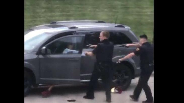 ABD polisi bir siyahiyi daha vurdu
