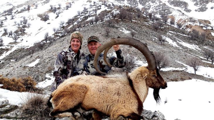 'Av turizmi' skandalı: Avlanabilecek hayvanların türü ve fiyatı belirlendi