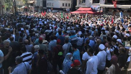 Doç. Dr. Sarp Üner: Ayasofya'da 2-3 bin kişiye hastalık bulaştı