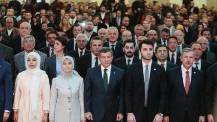 Davutoğlu'nun partisinde toplu istifa şoku