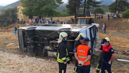 Muğla'da işçi servisi kaza yaptı: 2 ölü, 15 yaralı