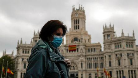 İspanya'da vakalar hızla artıyor