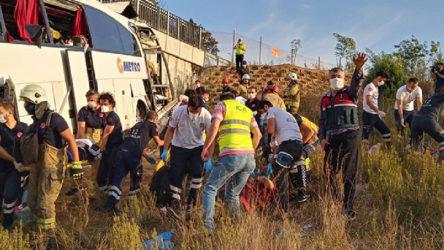 İstanbul'da yolcu otobüsü kaza yaptı