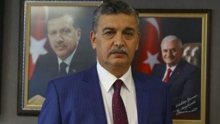 AKP'li vekil Albayrak'a böyle sahip çıktı: Köpekler havladı diye atlar ölmez...