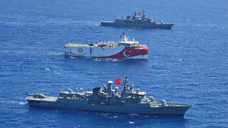 Türkiye'den Yunan gemisine 'müdahale ederiz' uyarısı