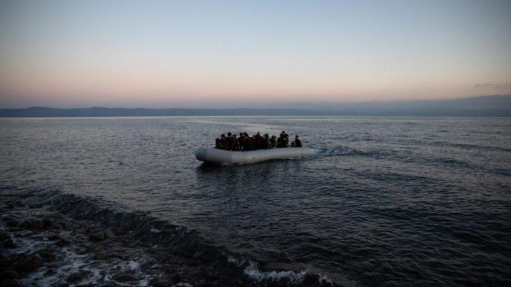26 Türk vatandaşı, balıkçı teknesiyle Sakız Adası'na kaçtı