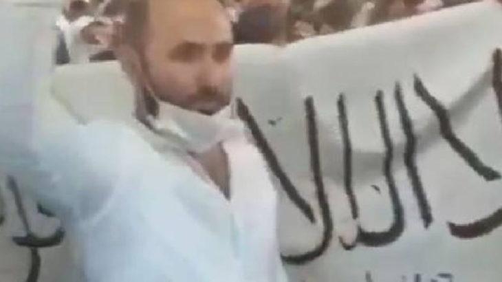 Ayasofya'da Taliban bayrağı açtılar