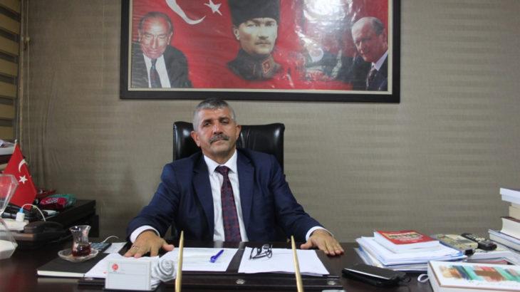 MHP'den tabela rengine tepki: İzmir bunun hesabını sorar!