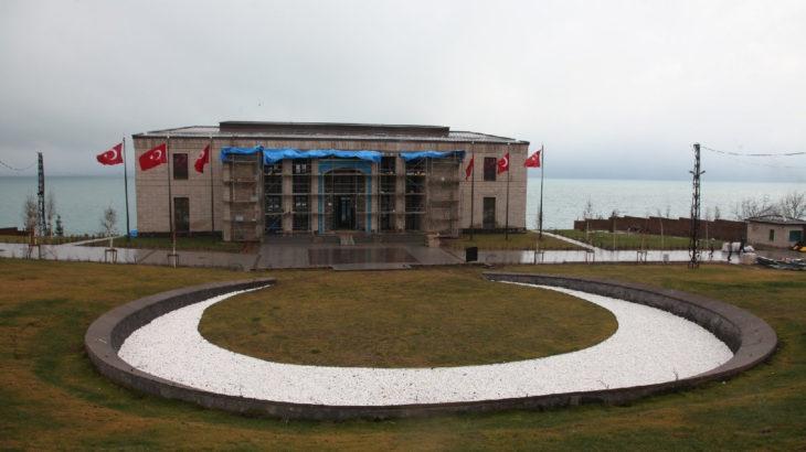 Erdoğan'ın 'mütevazı' sarayı açılıyor