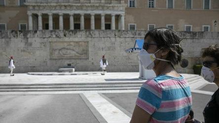 Yunanistan'da koronavirüs vakalarında keskin yükseliş