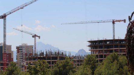 Antalya'da 'millet bahçesi' arazisi çok katlı rezidansa ayrıldı