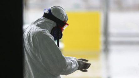 Üç sağlık emekçisi daha koronavirüs yüzünden hayatını kaybetti