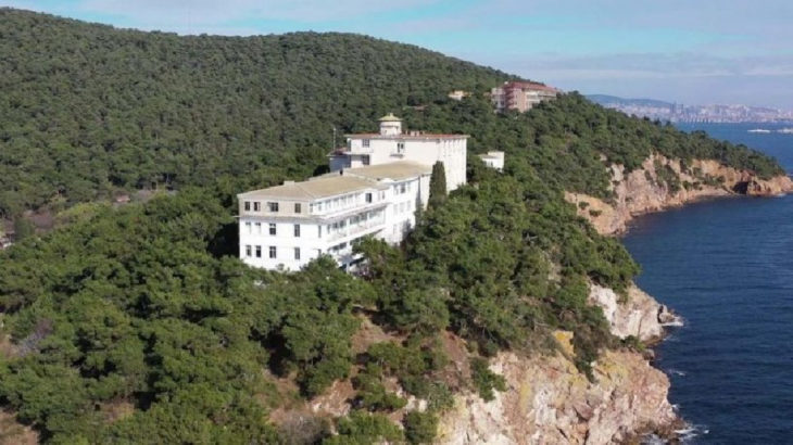 Türkiye'nin ilk pandemi hastanesinin arazisi de Diyanet'e devredildi!
