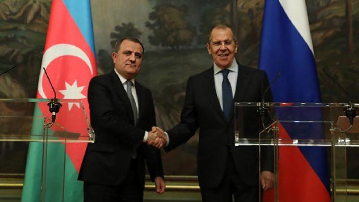 Rusya, Azerbaycan ve Ermenistan'ı Moskova'da görüşmeye çağırdı
